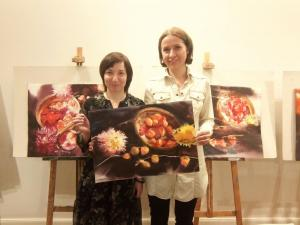"""Dahlia and Physalis"" in the hands of Natalia Popova - Professional Artist"